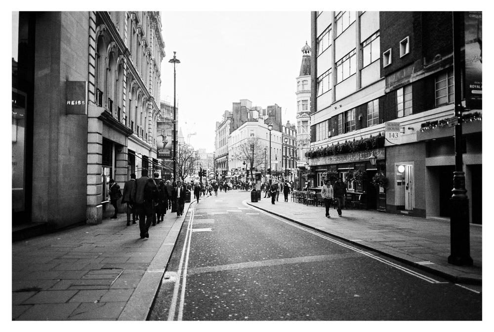 London_by_Brancoprata10.jpg