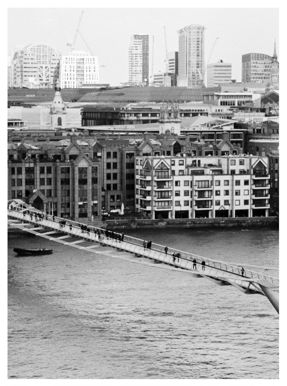 London_by_Brancoprata17.jpg