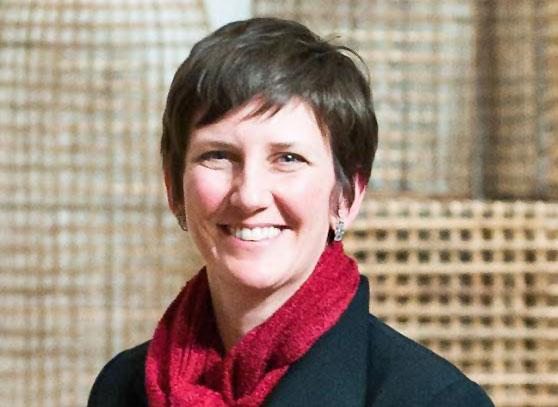 Sara-Krajewski-Portland-Art-Museum-Curator.jpg