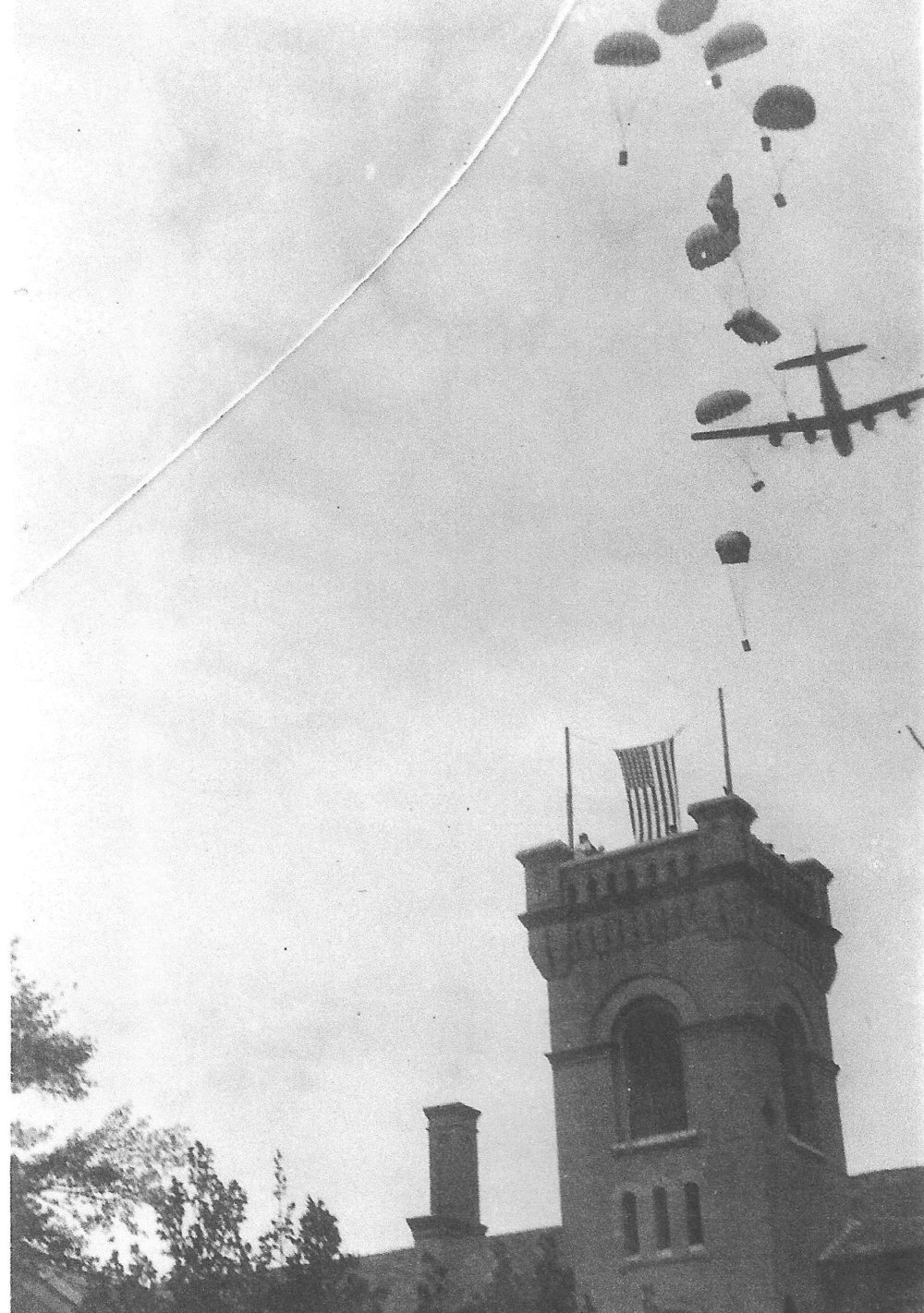 Parachutes over Weihsien Camp