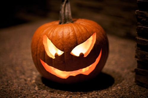 Pumpkin carving, a folk art for everyone. — Aaron Mentele/Flickr