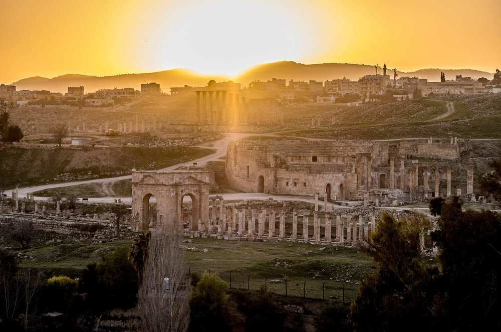 Jerash     - the pompeii of the middle east