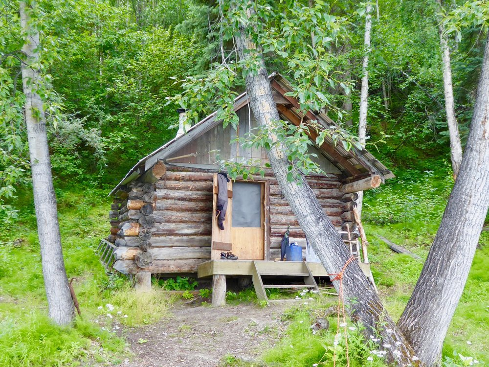 Looks like a good place to stay for awhile, but since we are not set up to be hunters and gathers, we enjoy the evening and plan to head to Slaven's roadhouse tomorrow.