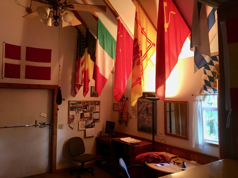 Lots of international hikers have stayed here and sent flags from their country.