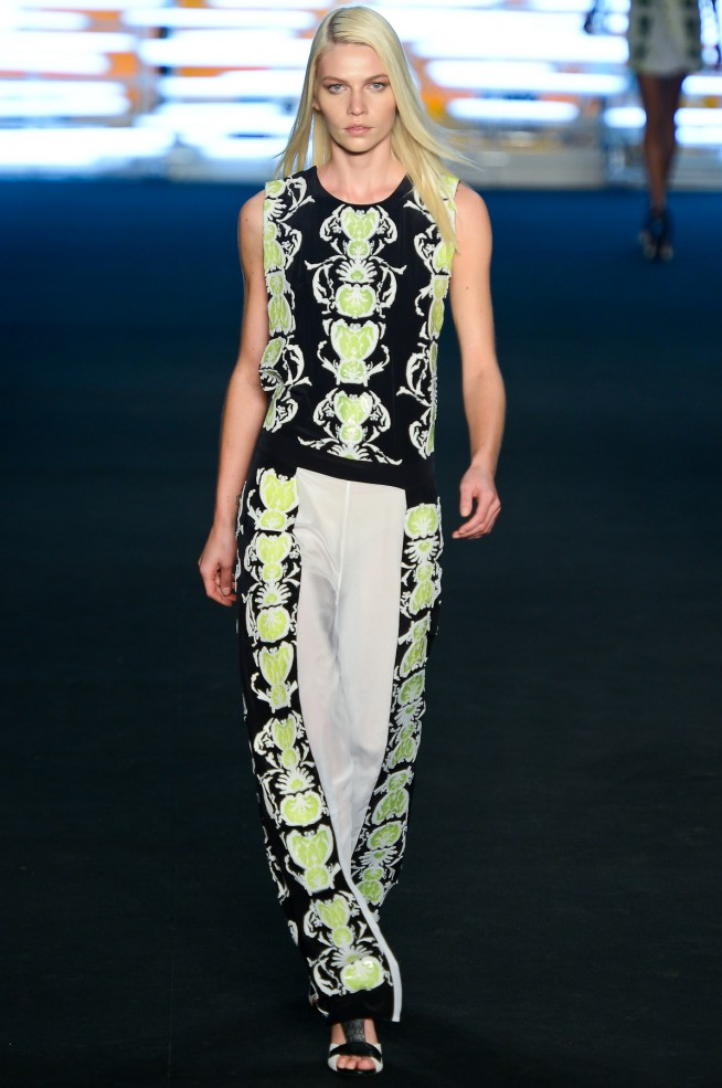 desfile-espaco-fashion-fashionrio-verao2013-1301-654x985.jpg