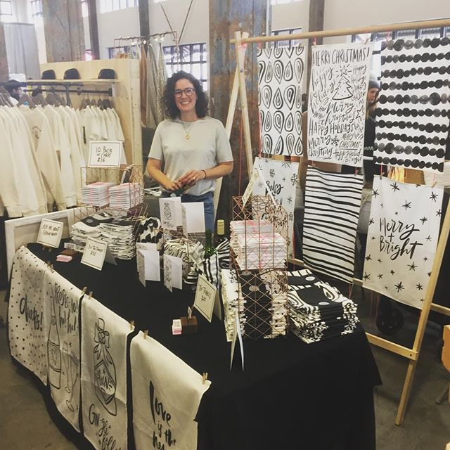 @fallforlocal is on now in North Van at Lonsdale Quay (The Pipe Shop)! Some see @ebhands displaying her lovely #teatowels and #giftcards for all to see. Love you babe 😘😍