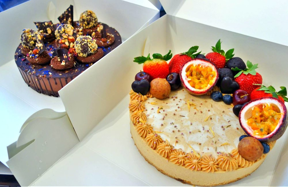 Passionfruit and Ferrero Cheesecakes-GaiaSweets
