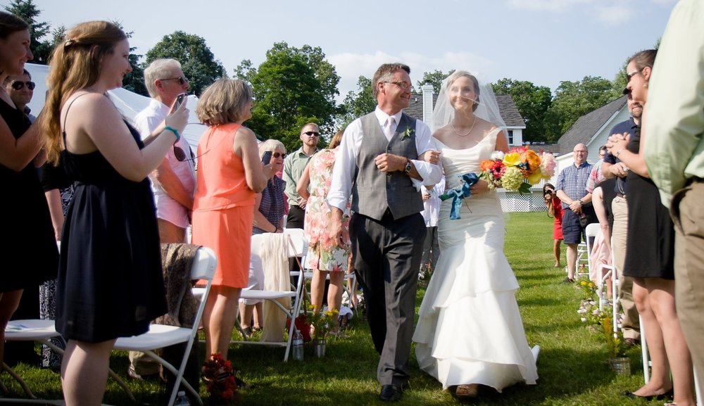 Outdoor-Rochester-Wedding.jpg