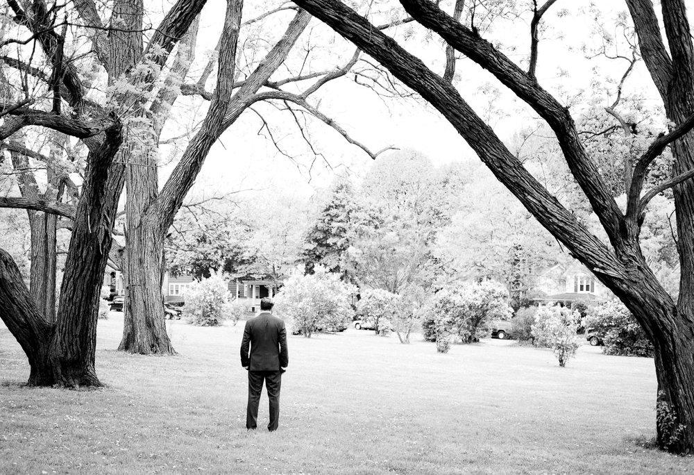 3 Rochester, NY Wedding - Cobbs Hill Park first look - 024-XT2A5817.jpg