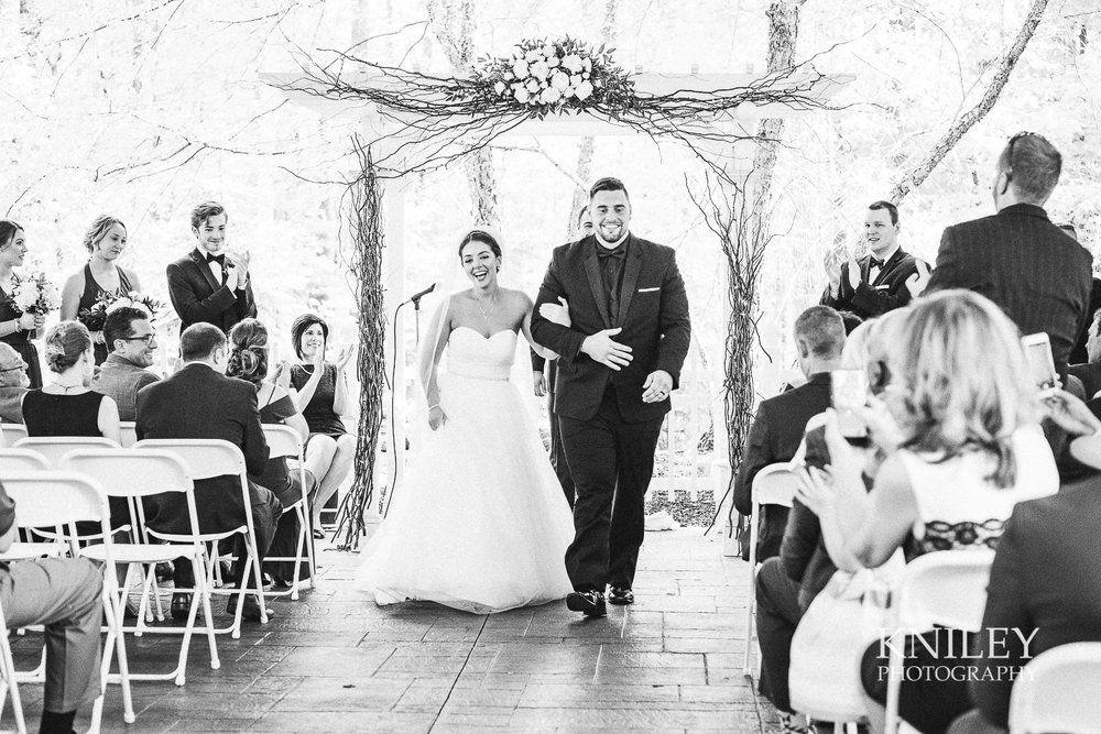082 - Klocs Grove Buffalo NY Wedding Pictures -XT2B9169.jpg