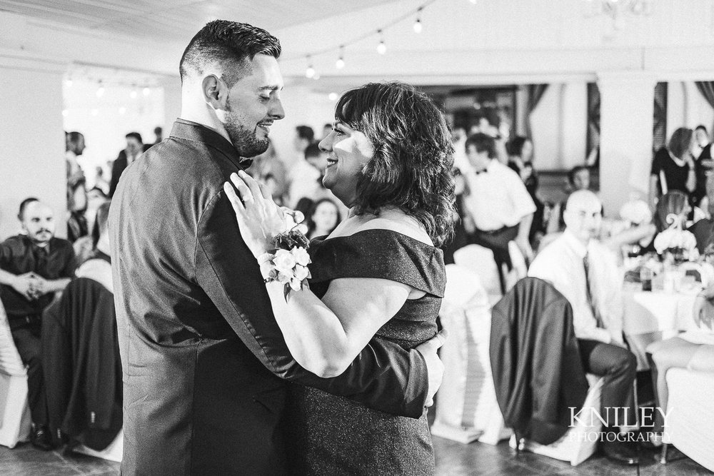 119 - Klocs Grove Buffalo NY Wedding Pictures -XT2B9719.jpg