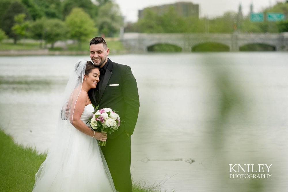 056 - Hoyt Lake Buffalo NY Wedding Pictures -XT2A7805.jpg