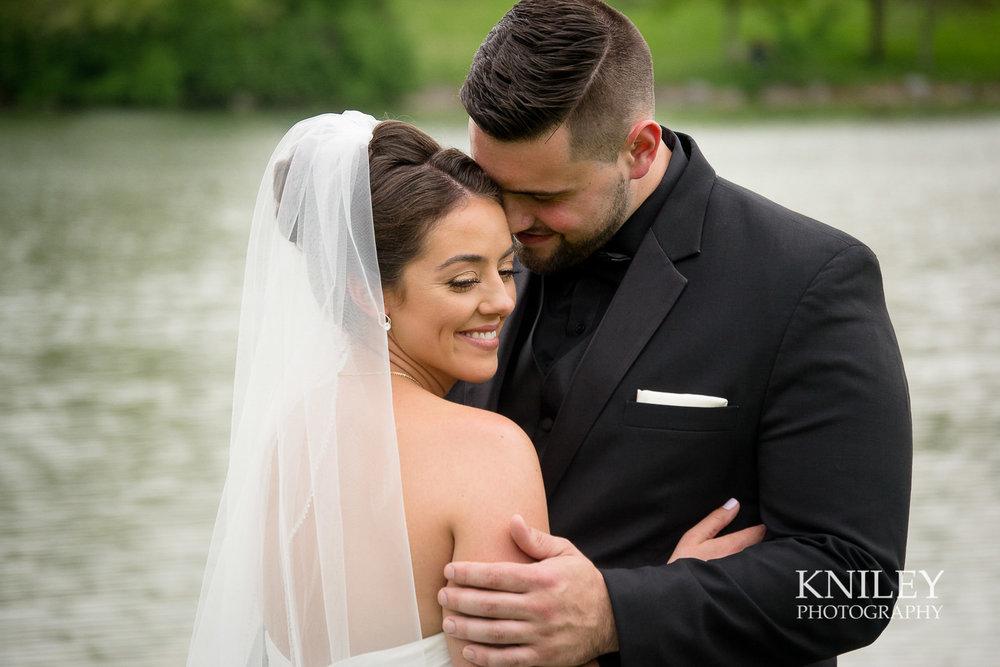 059 - Hoyt Lake Buffalo NY Wedding Pictures -DSC_0385.jpg