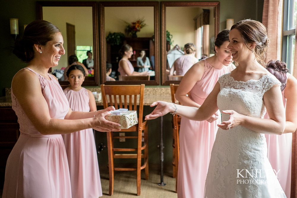 022 - Ravenwood Golf Club wedding pictures - Rochester NY - Kniley Photography - XT2A0439.jpg