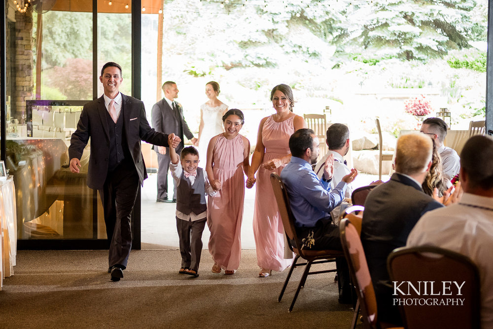 083 - Ravenwood Golf Club wedding pictures - Rochester NY - Kniley Photography - XT2B1517.jpg