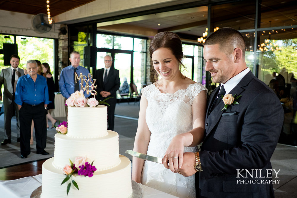 100 - Ravenwood Golf Club wedding pictures - Rochester NY - Kniley Photography - XT2A1296.jpg