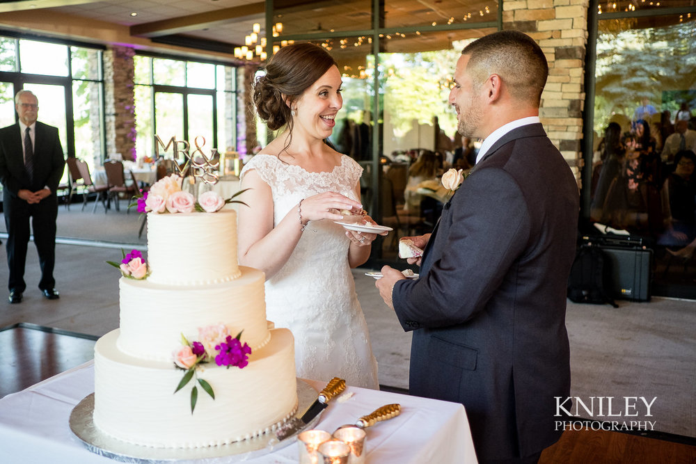 101 - Ravenwood Golf Club wedding pictures - Rochester NY - Kniley Photography - XT2A1330.jpg