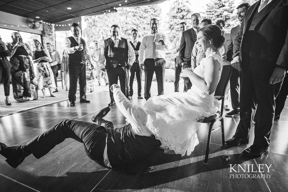 134 - Ravenwood Golf Club wedding pictures - Rochester NY - Kniley Photography - XT2B2087.jpg