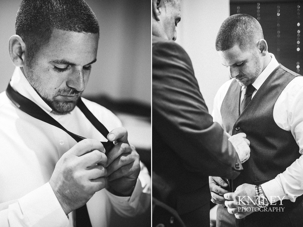 Ravenwood Golf Club wedding pictures - Rochester NY - Kniley Photography - Collage 7.jpg