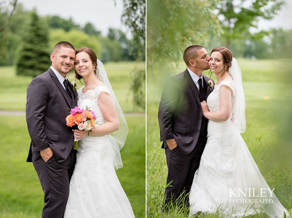 Ravenwood Golf Club wedding pictures - Rochester NY - Kniley Photography - Collage 11.jpg