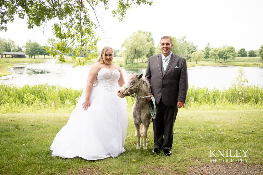 050 - North Ponds Park Wedding Picture - Webster NY - XT2A3036.jpg