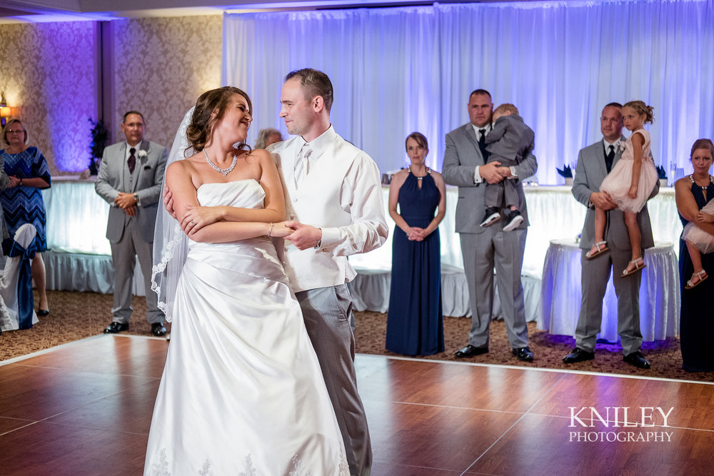 099 - Rochester Riverside Convention Center Wedding Photo - Rocheser NY - XT2B0680.jpg