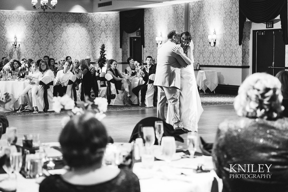 105 - Rochester Riverside Convention Center Wedding Photo - Rocheser NY - XT2A1086.jpg