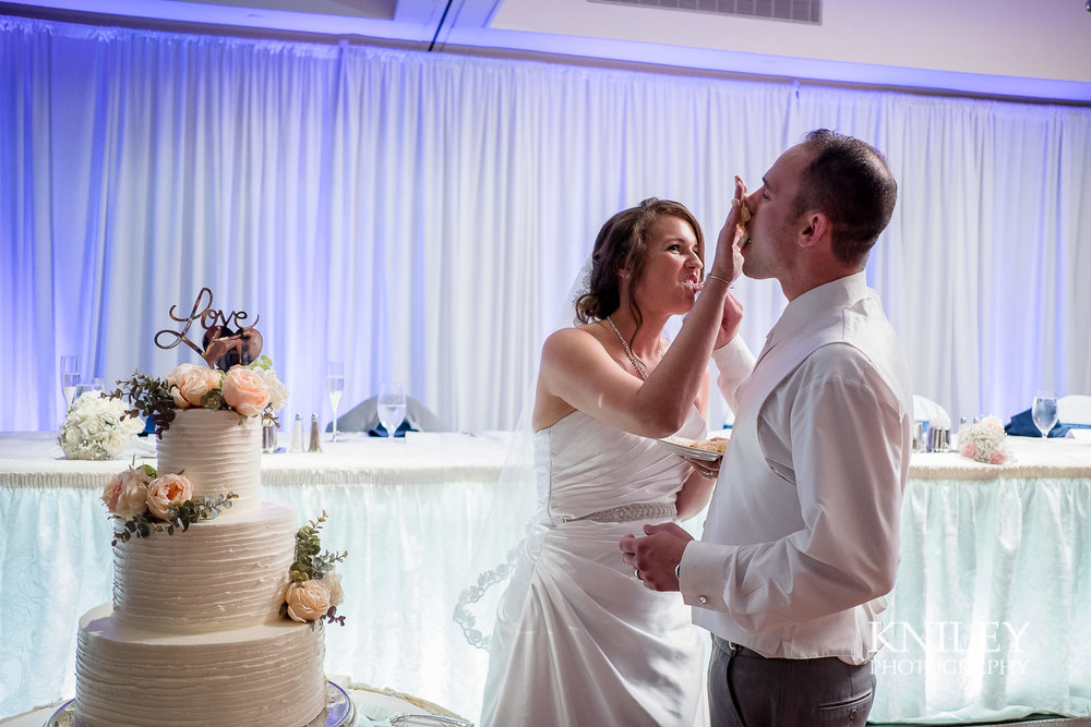 114 - Rochester Riverside Convention Center Wedding Photo - Rocheser NY - XT2A1204.jpg