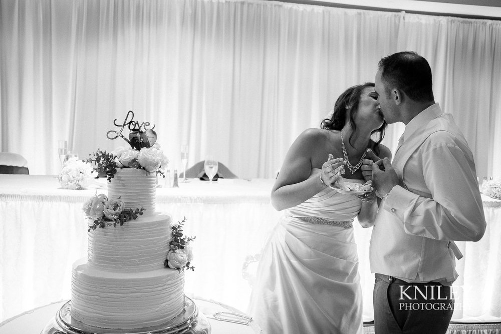 116 - Rochester Riverside Convention Center Wedding Photo - Rocheser NY - XT2A1212.jpg