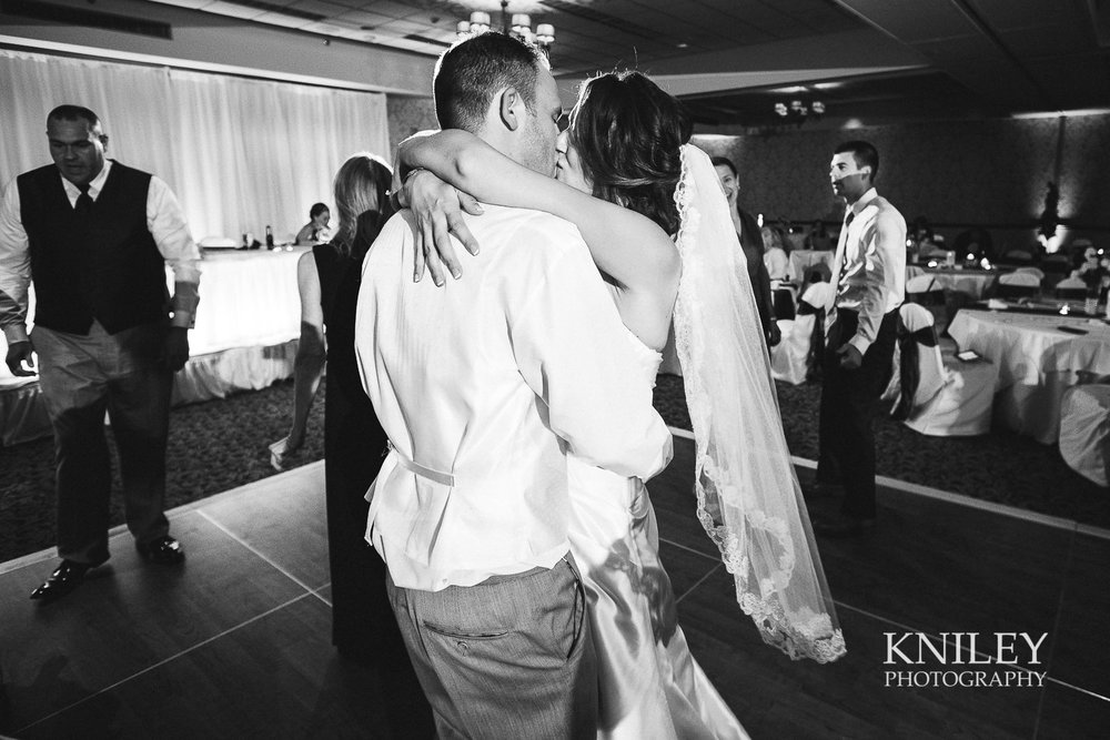 132 - Rochester Riverside Convention Center Wedding Photo - Rocheser NY - XT2A1658.jpg