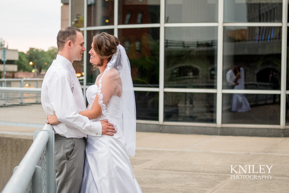 136 - Rochester Riverside Convention Center Wedding Photo - Rocheser NY - XT2B0942.jpg