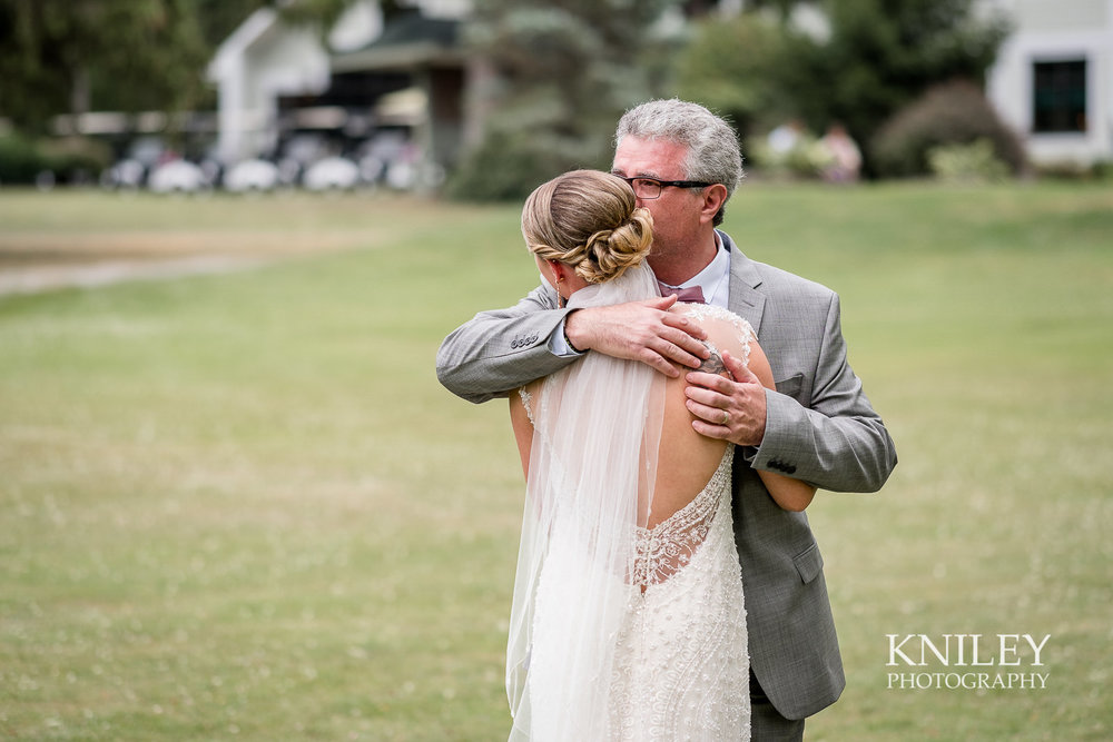 Ontario Golf Club wedding picture - First look with dad 2.jpg