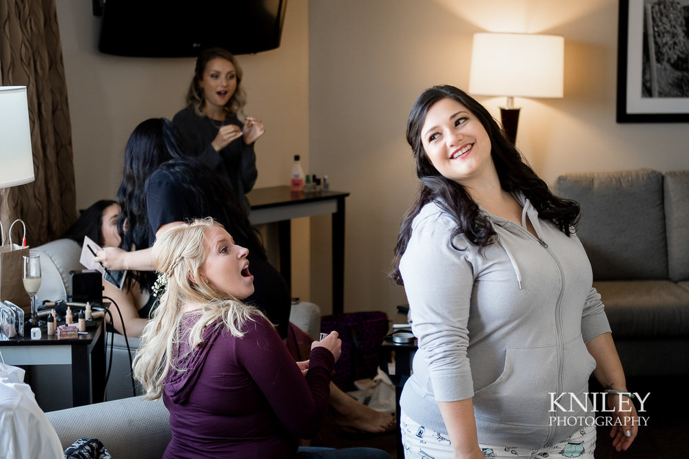 003 - Strathallan Hotel - Rochester NY wedding getting ready pictures - XT2B4320.jpg