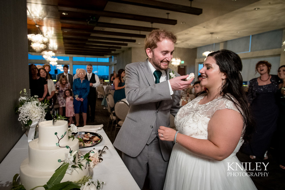 126 - Rochester NY wedding pictures - Strathallan Hotel wedding reception - XT2B5890.jpg