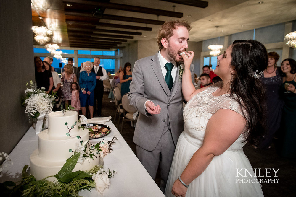 127 - Rochester NY wedding pictures - Strathallan Hotel wedding reception - XT2B5891.jpg
