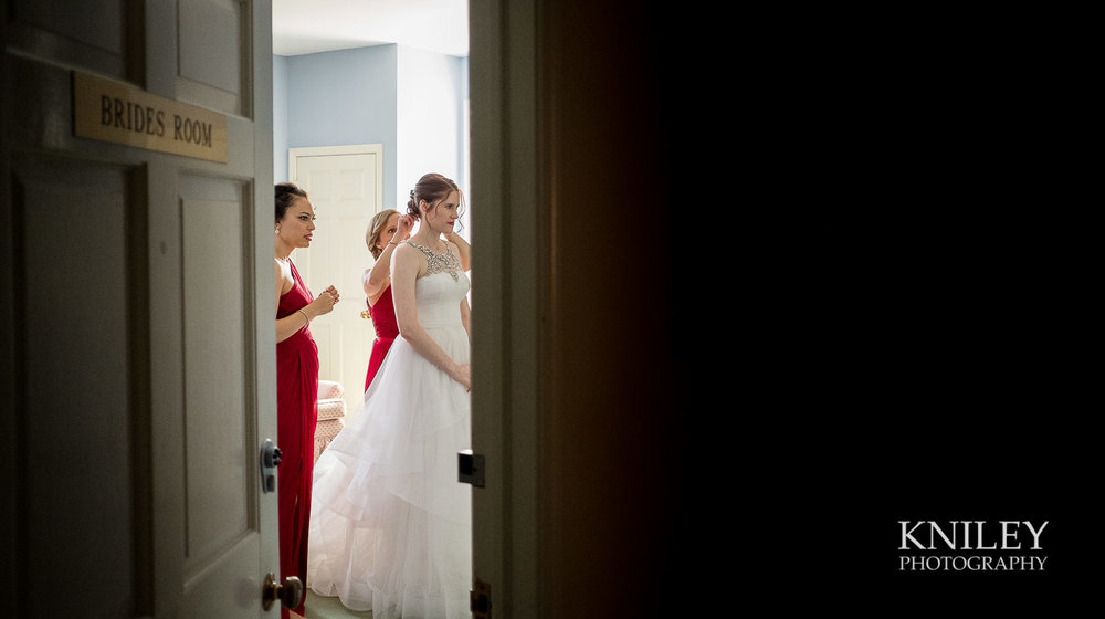 029 - Rochester NY wedding pictures - Genesee Valley Club - Ceremony and Reception - XT2A5298.jpg