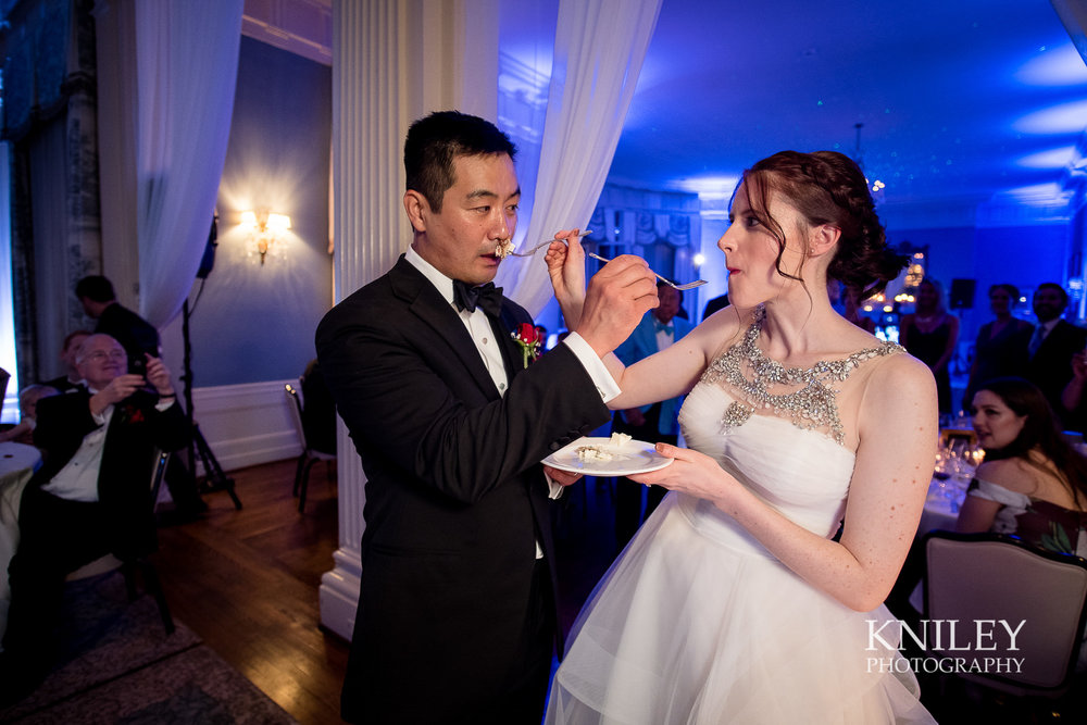 129 - Rochester NY wedding pictures - Genesee Valley Club - Ceremony and Reception - XT2B7135.jpg