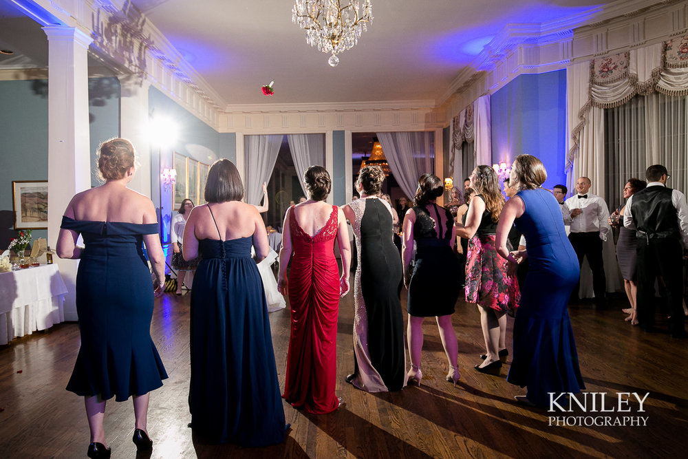 156 - Rochester NY wedding pictures - Genesee Valley Club - Ceremony and Reception - IMG_7058.jpg