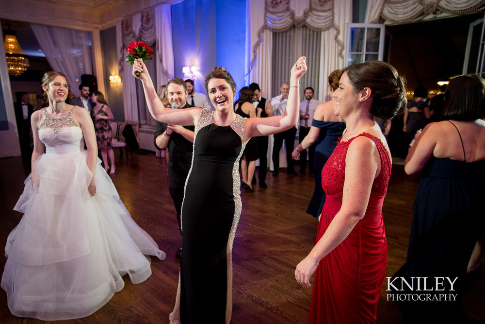 158 - Rochester NY wedding pictures - Genesee Valley Club - Ceremony and Reception - XT2B7881.jpg
