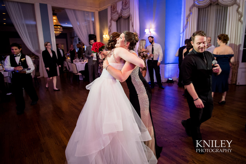 159 - Rochester NY wedding pictures - Genesee Valley Club - Ceremony and Reception - XT2B7883.jpg
