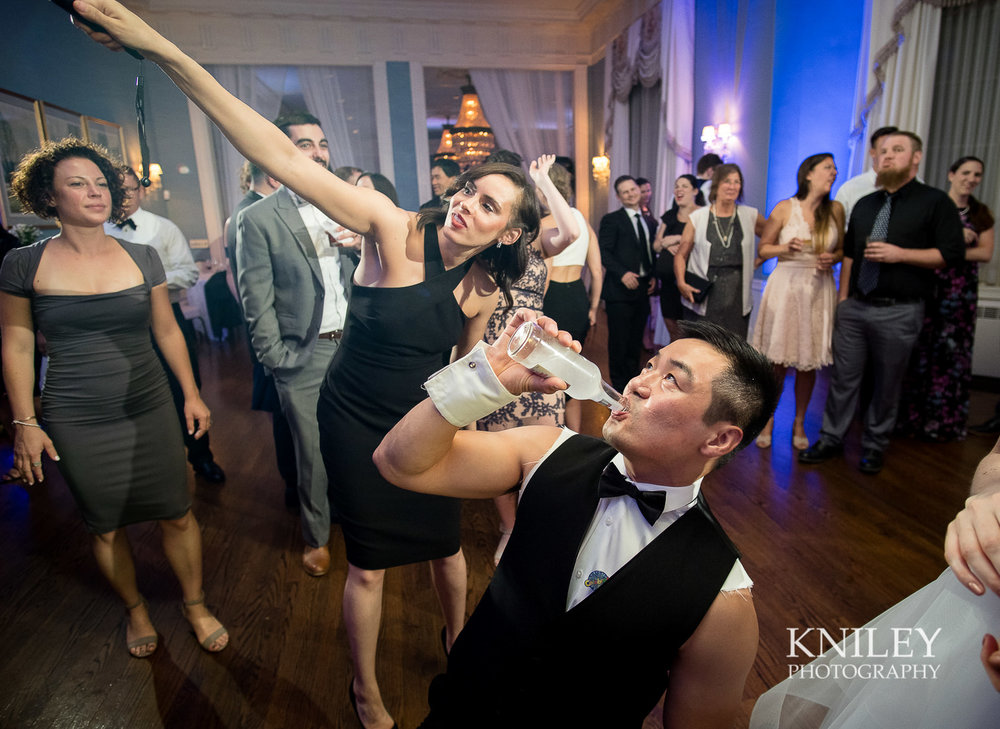 167 - Rochester NY wedding pictures - Genesee Valley Club - Ceremony and Reception - XT2B7814.jpg