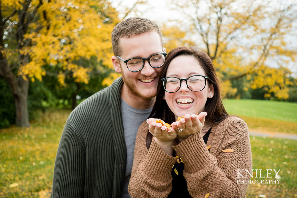 19 - Highland Park Fall Engagement Session - Rochester NY - XT2A1460.jpg