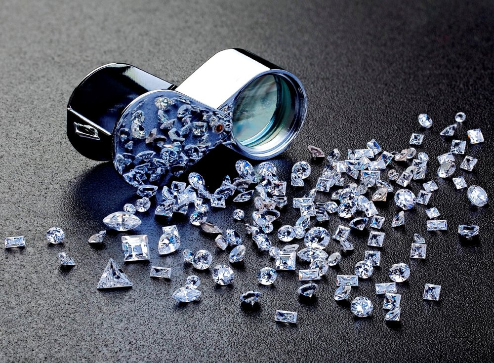 DiamondWithLoupe3.jpg