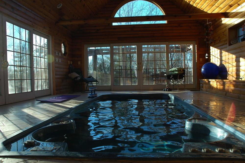 1-4-05 Cammies House pool.jpg