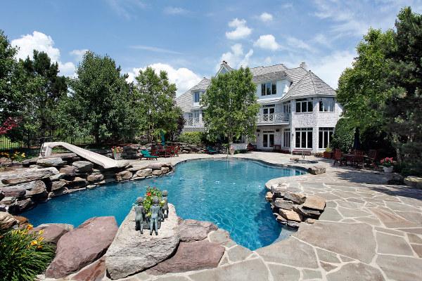 freeform-naturalistic-luxury-pool.jpg