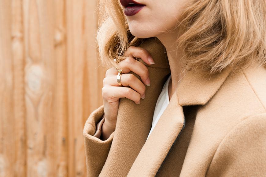 2_Kelly_thompson_fashion_blog_illustration_illustrator_melbourne_camel_coat_winter-1.jpg
