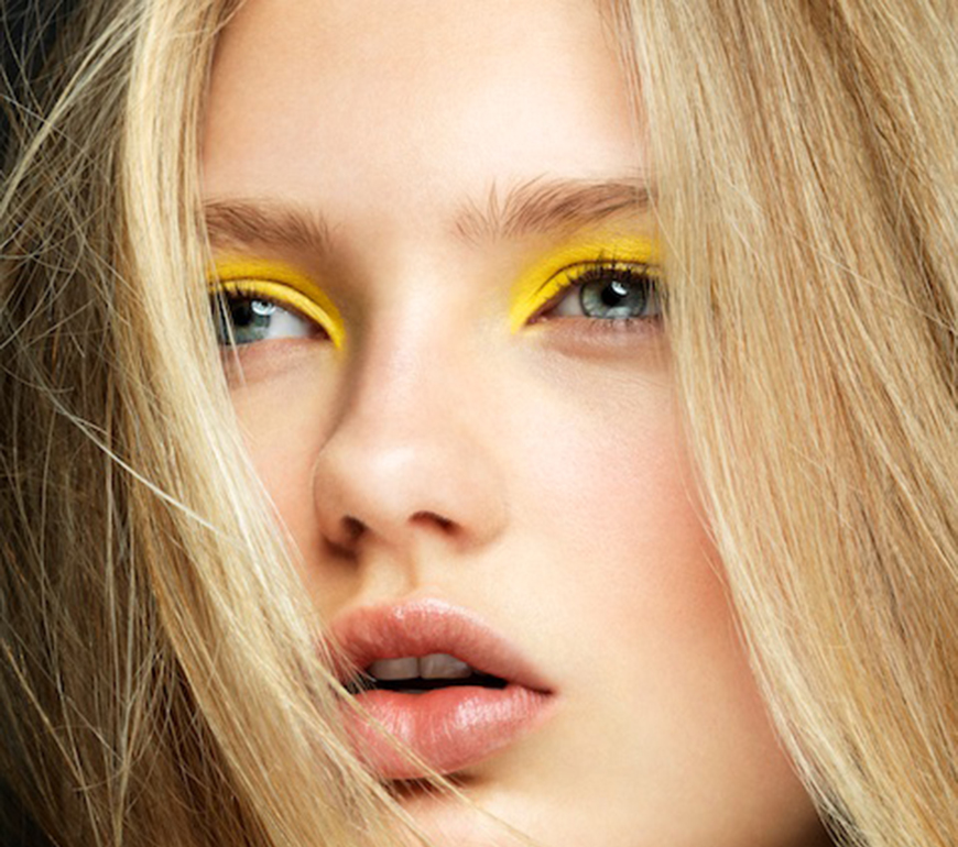 Kelly_thompson_yellow_eyeshadow_blog.jpg