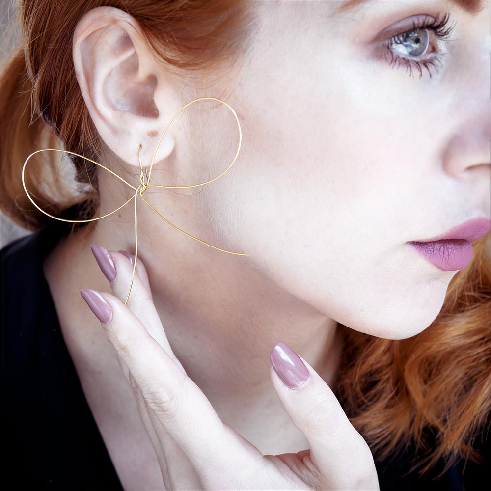 Kelly Thompson illustrator blog Melbourne Joll Bow Earrings