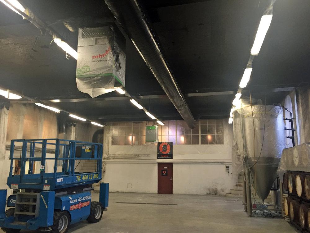 Slik ser det ut i de gamle bryggerilokalene påGamle Rygene Kraftstasjon i dag.