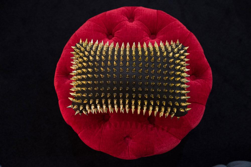 Strawberry-and-Walnut-Nietenkissen-4.jpg